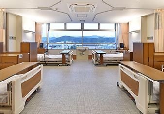 病室 4床